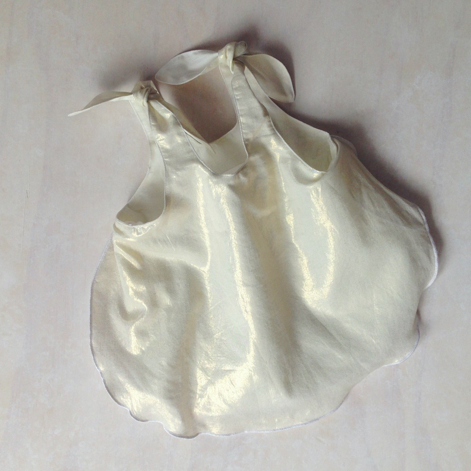 Girls Golden shimmer singlet